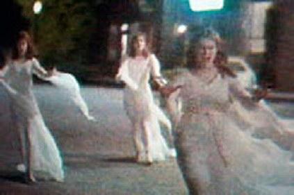 watch helsing dracula brides attack village